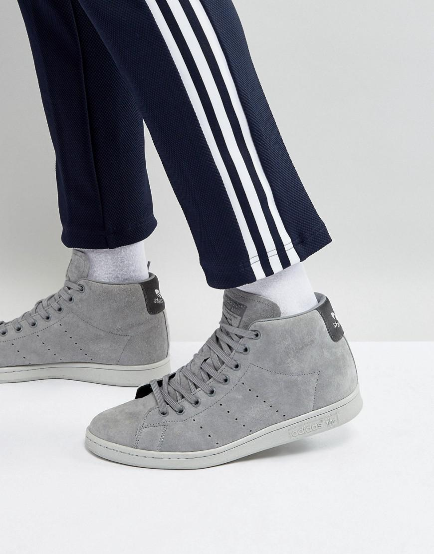 adidas originals stan smith mid sneakers in gray bz0651