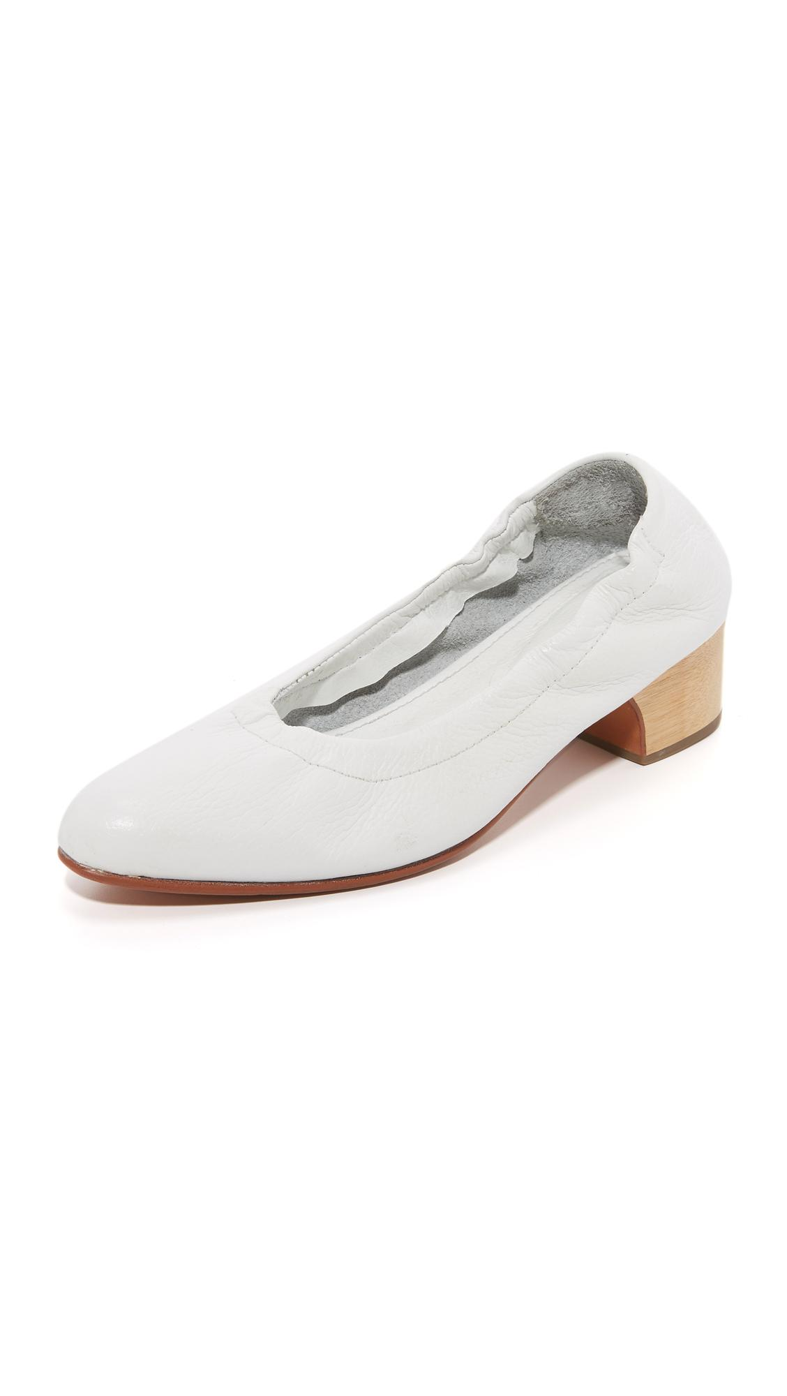 rachel comey calder heels